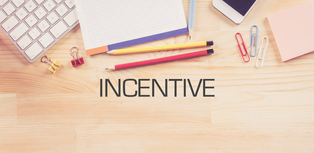 25 Employee Incentive Programs That Actually Work Sling