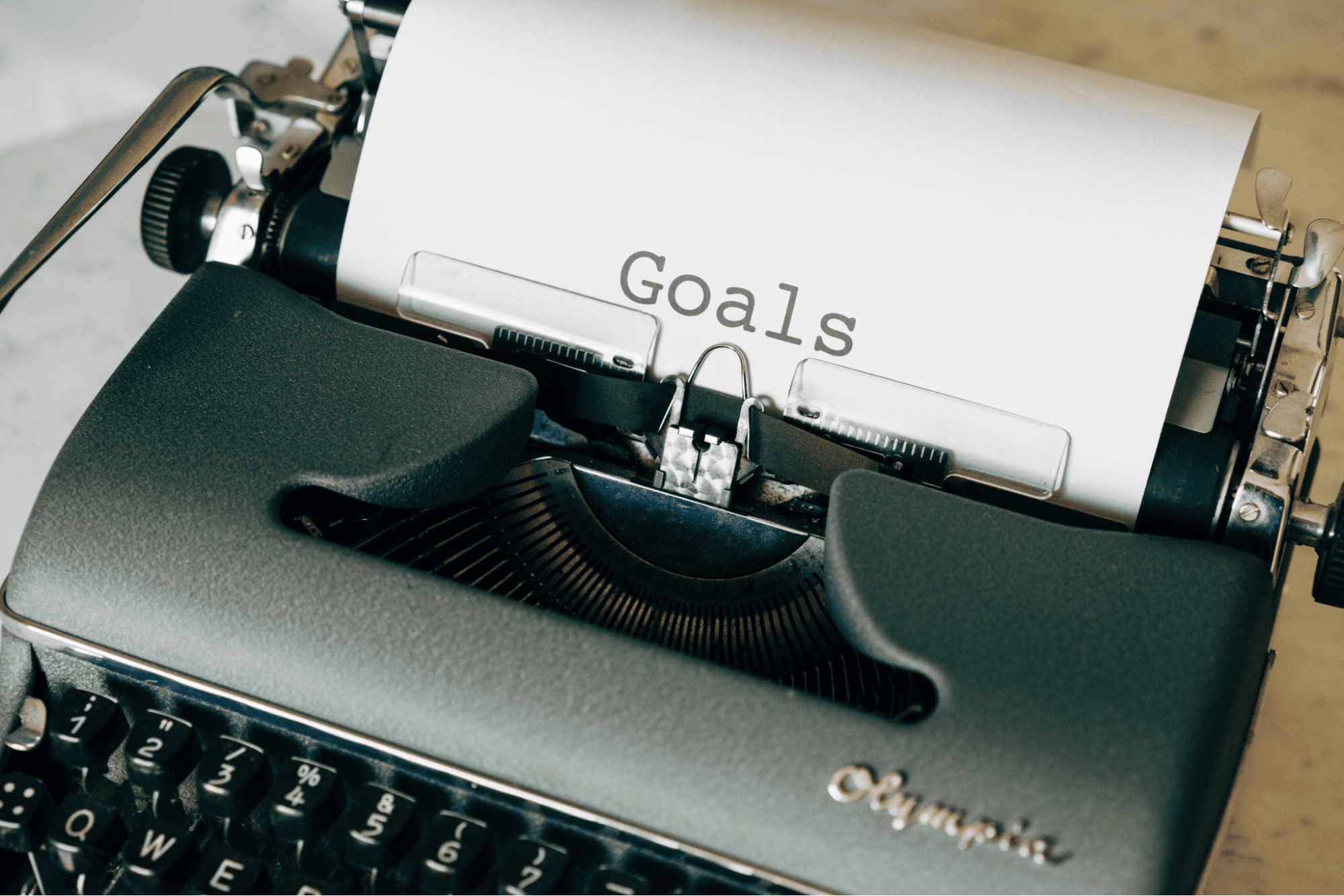 Type writer with inspirational quotes for work