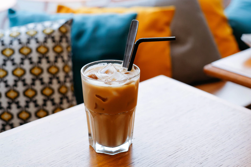 Cold-brewed coffee and tea as a restaurant trend
